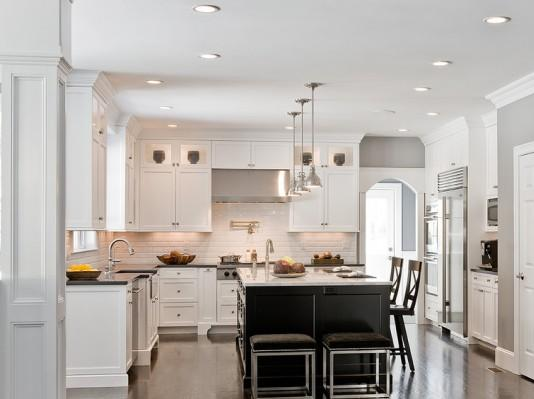 Traditional Kitchen Paint Colors